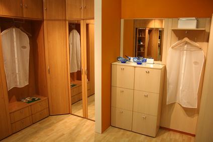 Изработка на гардероби
